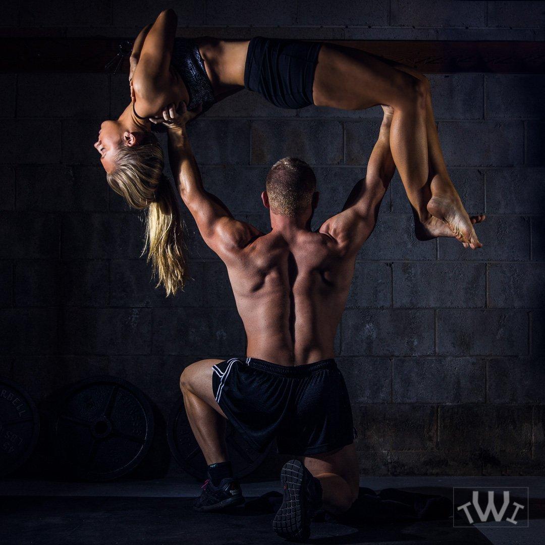 IMAGE: http://traviswrightimages.com/wp-content/uploads/2017/02/Acrobatic-Travis-Wright-1.jpg